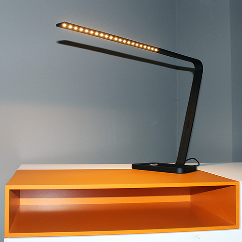 altalum desk led lampe de bureau 154 80. Black Bedroom Furniture Sets. Home Design Ideas